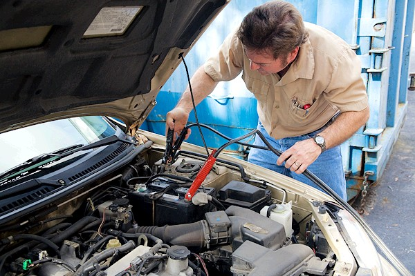 Démarches à suivre en cas de batterie de voiture usée
