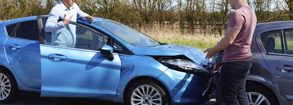 Les procédures à suivre et l'attitude à adopter en cas d'accident de voiture